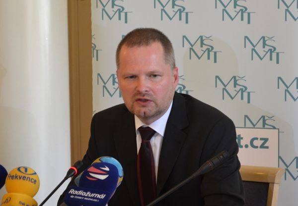 Ministr Petr Fiala2