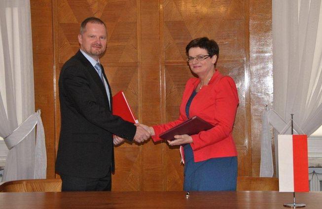 Ministr Petr Fiala při setkání s polskou ministryní Krystynou Szumilas.