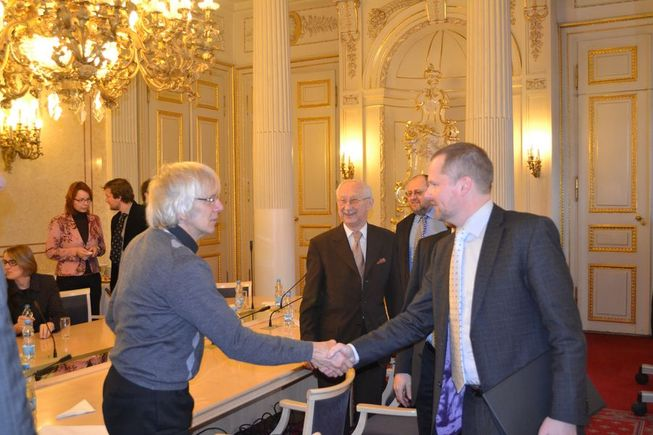 Setkání s absolventy univerzit Cambridge a Oxford v České republice