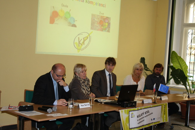 Kulatý stůl k uznávání neformálního vzdělávání
