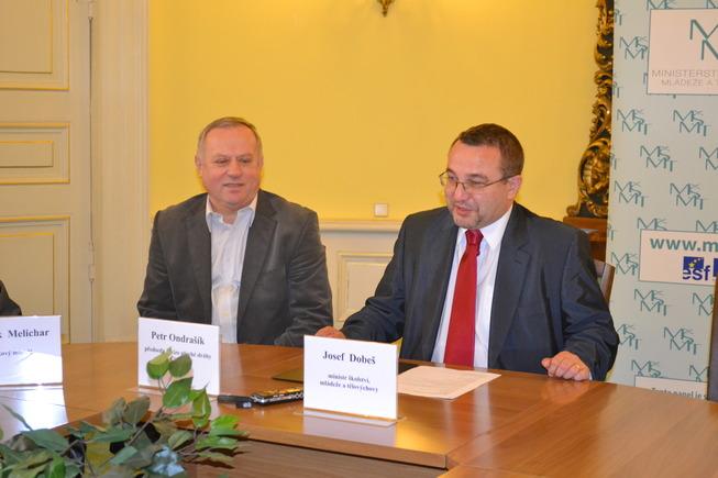 Setkání s ministrem Dobešem