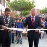 Ministr Petr Fiala zahajuje školní rok ve Strakonicích. Na snímku se starostou města Pavlem Vondrysem