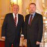 Ministři školství ČR a SR Petr Fiala a Dušan Čaplovič na společném setkání
