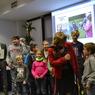 Mladý Včelojed  a ochránce přírody z Vlašimi odpovídá na dotazy moderátorky Daniely Brůhové