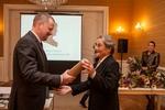 Ministr Fiala předává Cenu Milady Paulové