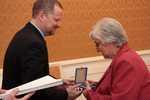 Ministr školství Petr Fiala při udělování Medailí MŠMT 2013